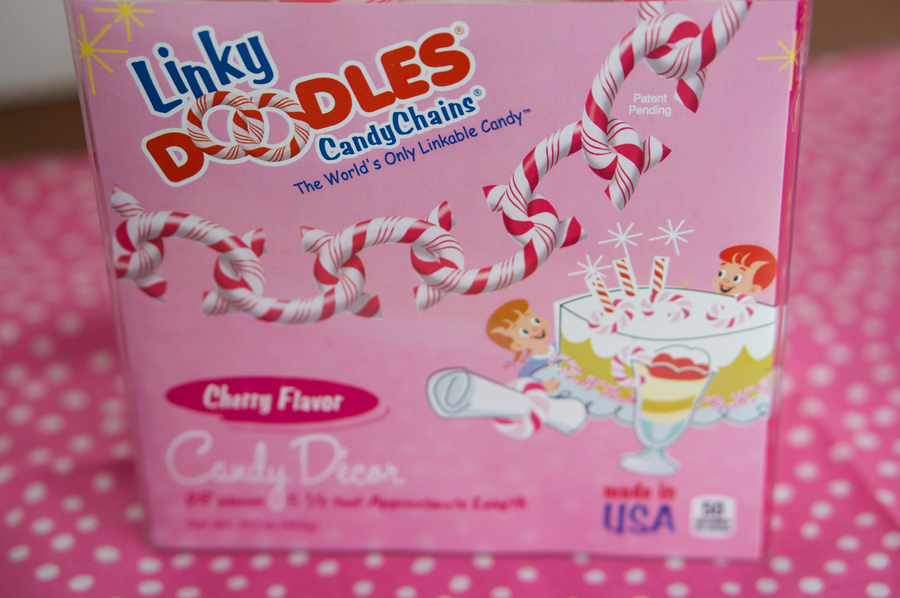 Pink Linky Doodles Candy Chains | Sweeterville.com