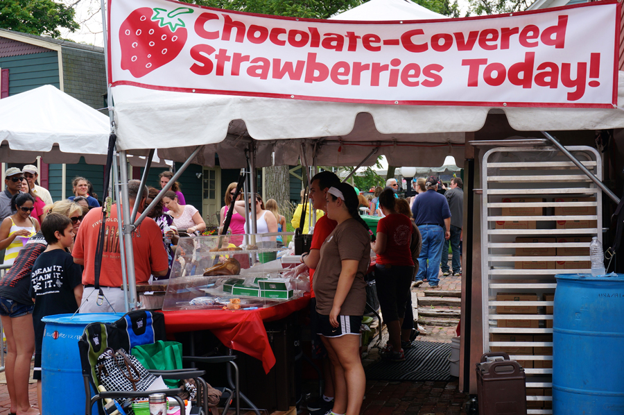 Long Grove Confectionery Strawberry Fest 2014 | Sweeterville.com